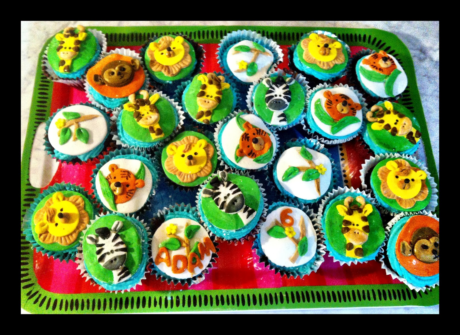 Jungle Animal Cupcake Pictures