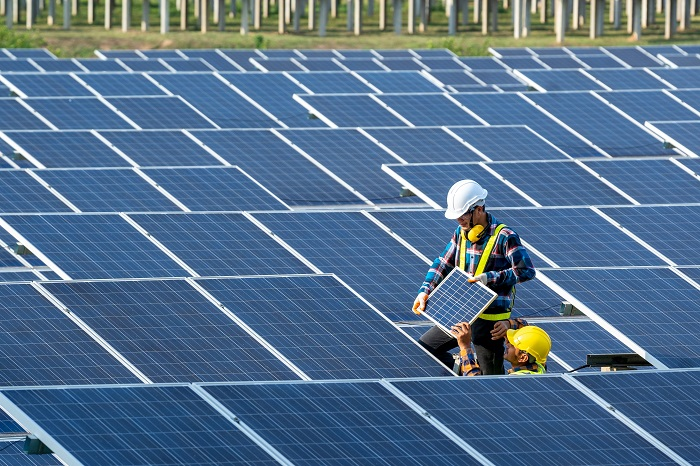 How Do Solar Panels Work Exactly? A Comprehensive Guide