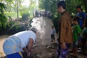 Jembatan Berstatus Jalan Kabupaten Di Desa Pengembur Tidak Terurus Kini Terputus