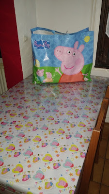table peppa pig