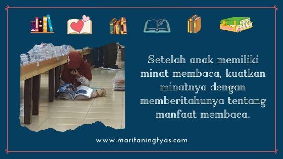 kenalkan manfaat membaca pada anak
