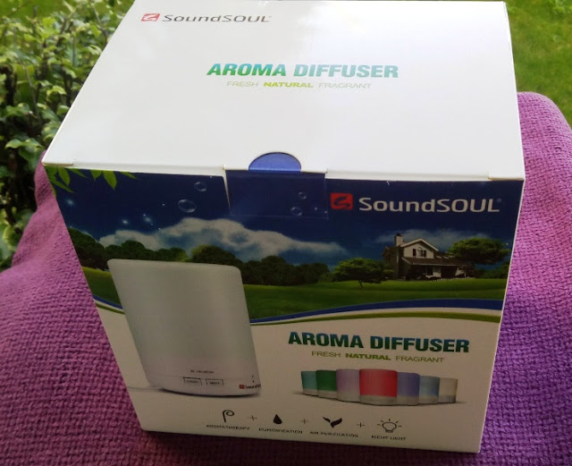 Soundsoul Ultrasonic Humidifier Aromatherapy Amongst Color-Changing Led Lights
