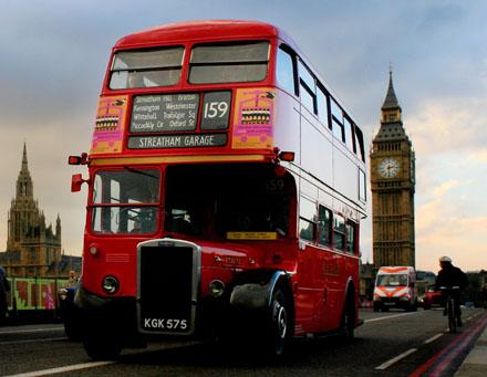 在倫敦坐巴士