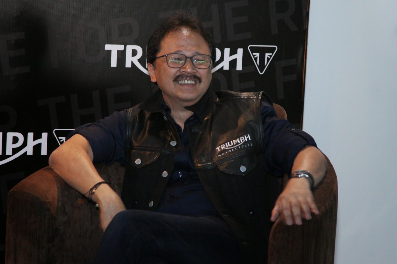 Tora Sudiro dan Jajaran Managemen Triumph Indonesia Triumph Siap Bersaing Di pasar Indonesia
