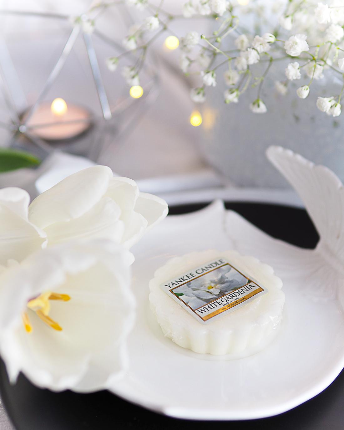 Kwiaty, wszędzie kwiaty - White Gardenia od Yankee Candle