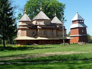Лысовичи, Львовская обл. Церковь Богоявления Господня. 1712 г.(1755 г.)