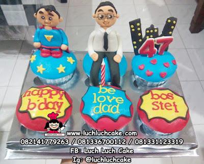 Cupcake Superman Untuk Ayah