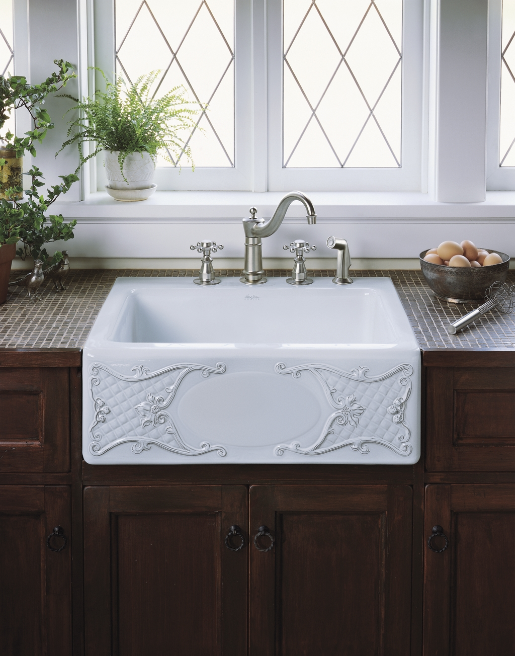 White Kitchen Sink Basket