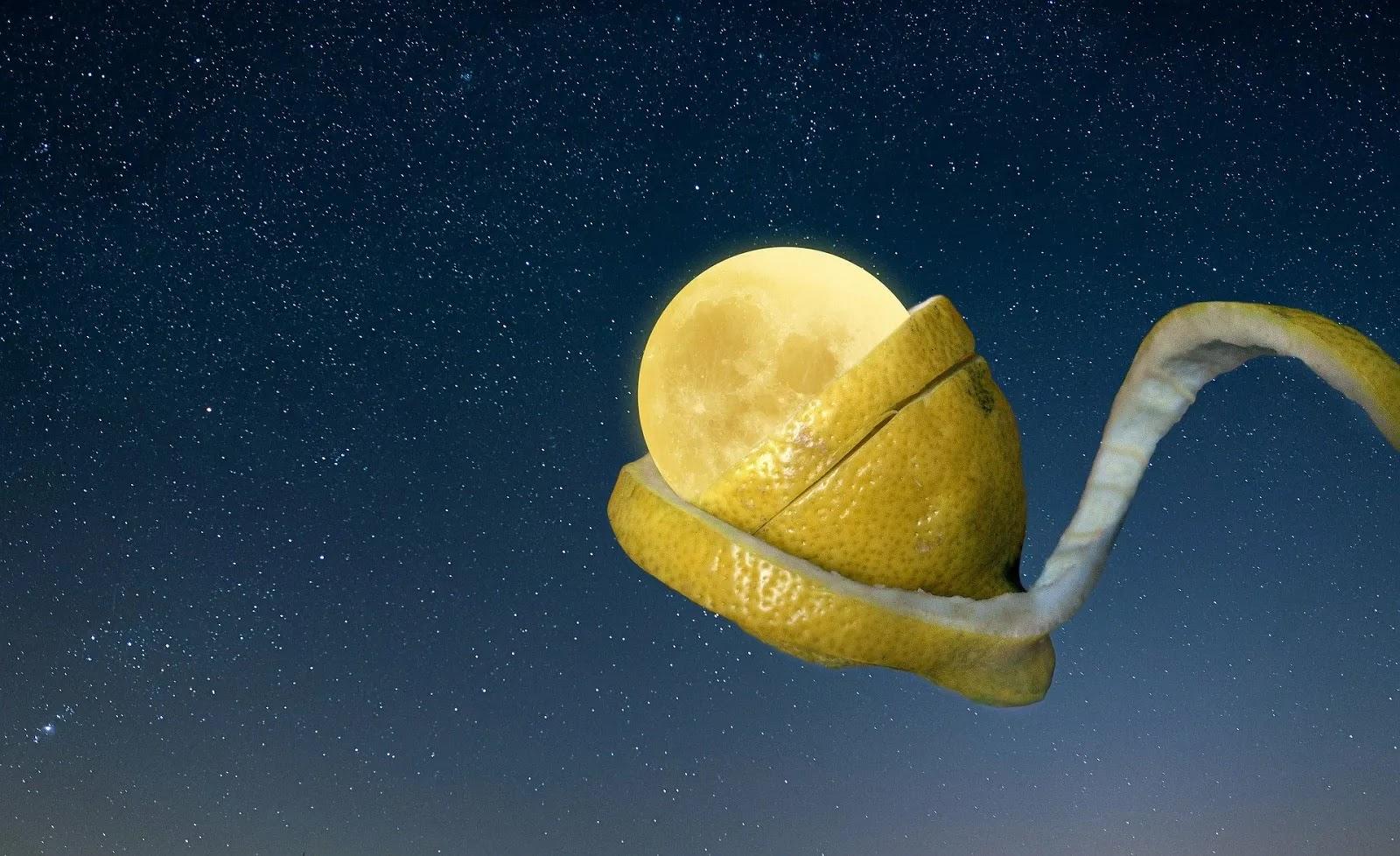 صورة القمر الملفوف بالليمون