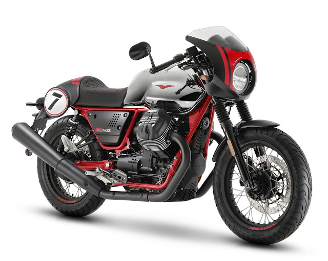 Moto-Guzzi-V7-III-10-Anniversario-1
