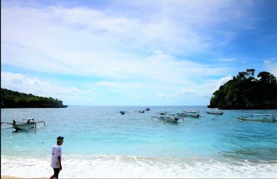 cristal beach nusa penida