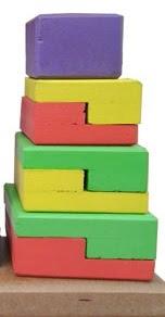 mainan edukasi piramida dari kayu