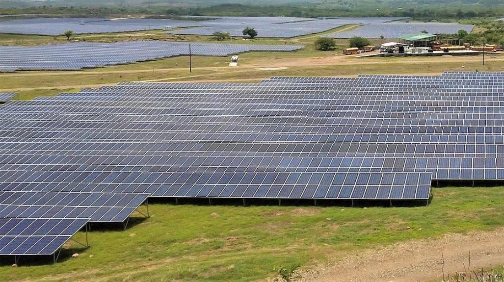 Planta Solar Corn Island