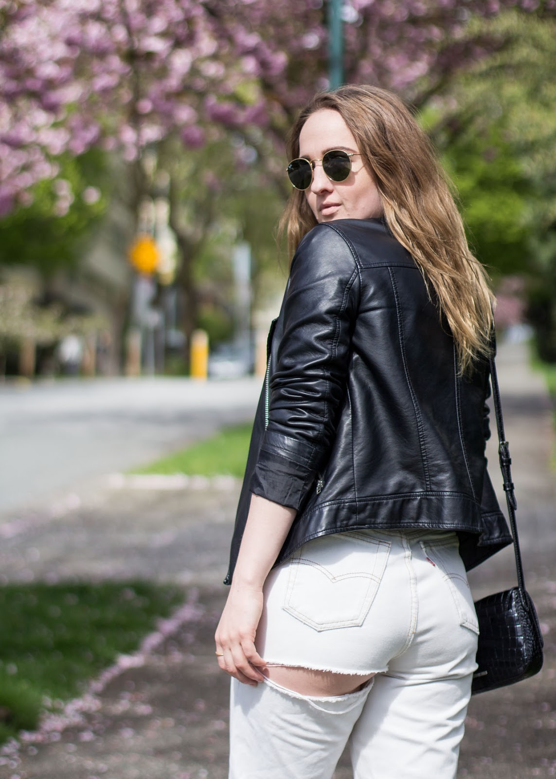 Vancouver Fashion Blog - Personal style - Spring / Summer outfit - vintage Levi's