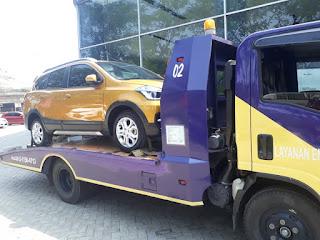 Pengiriman Mobil Menggunakan Towing Atau Yang Disebut Dengan Derek Gendong Dari Jakarta Sampai Brebes.