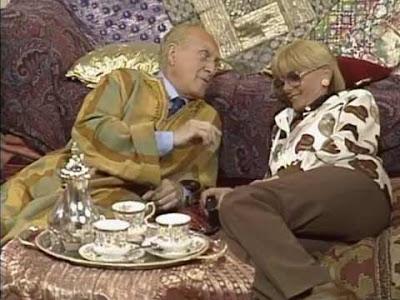 Raimondo e Sandra in completa armonia dopo aver fumato marijuana