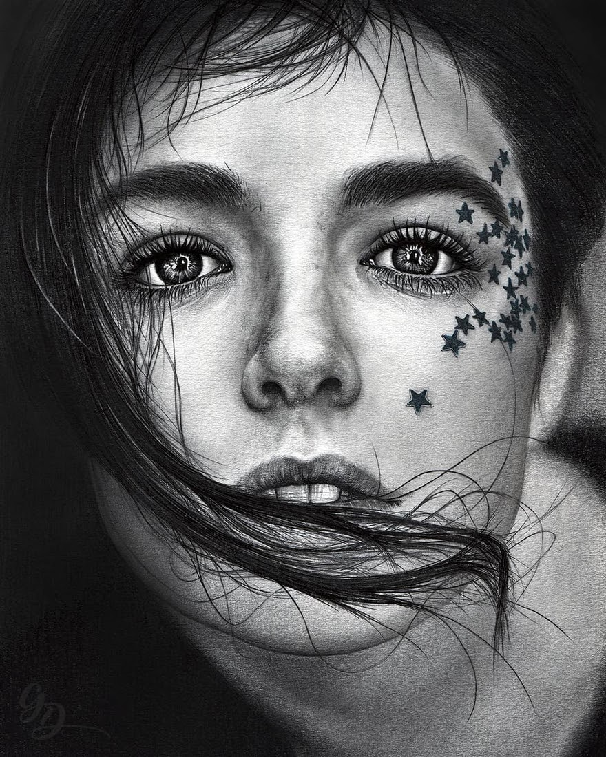 01-Grigo-Draw-Black-and-White-Realistic-Pencil-Portrait-Drawings-www-designstack-co