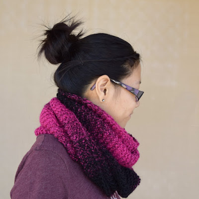 https://www.etsy.com/listing/522713354/knit-cowl-infinity-scarf-black-bright?ref=related-1