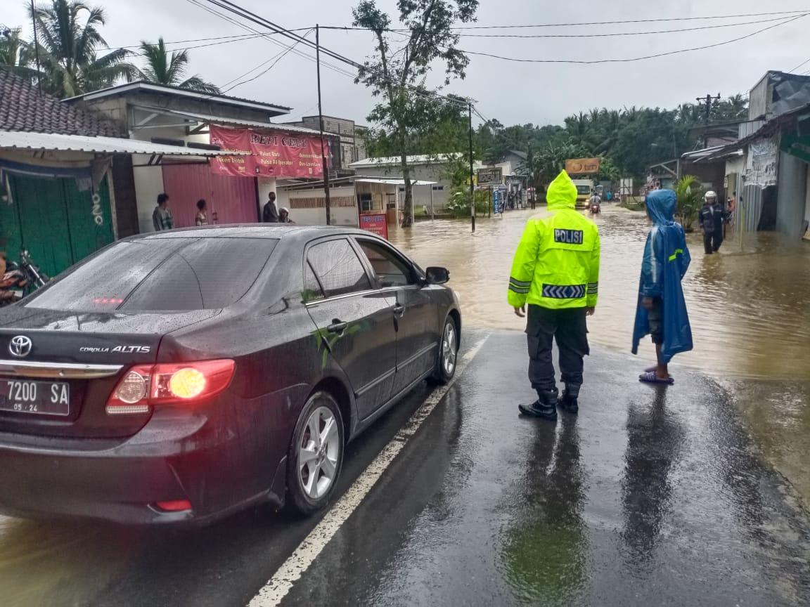 Terjadi Banjir dan Tanah Longsor di Karangmoncol, Begini Kondisi Terkini
