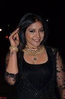 Sakshi Agarwal looks stunning in all black gown at 64th Jio Filmfare Awards South ~  Exclusive 078.JPG