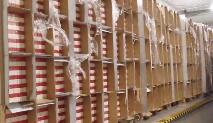 Félmillió doboz cigarettát találtak a pénzügyőrök Nagylaknál