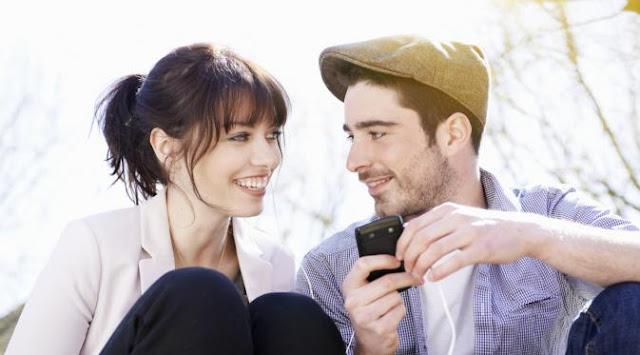 Tanda-Tanda Bukti Pasangan Pria Anda bukan Pembohong