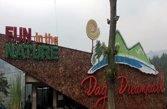 Sekilas tentang Dago Dream Park