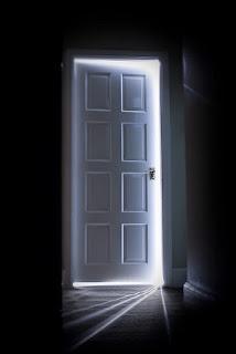La puerta, Pastor Aguiar