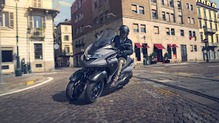 Yamaha-Tricity-300-2