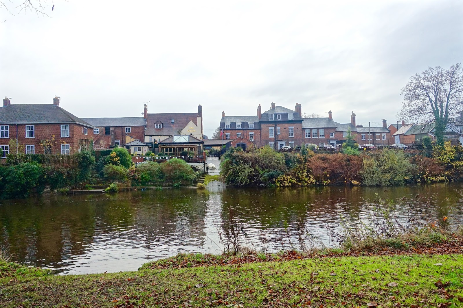visit-shrewsbury-river-walk