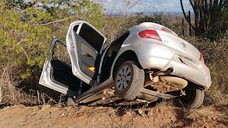 Família de Nova Floresta sai ilesa de acidente na zona rural de Picuí