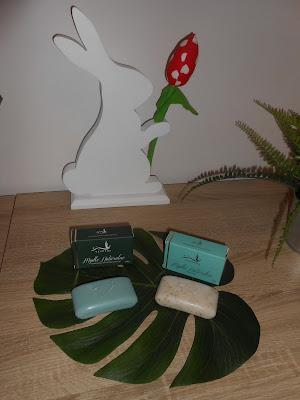 Vespera- mydło naturalne z algami oraz mydło naturalne konopne z mikropeelingiem