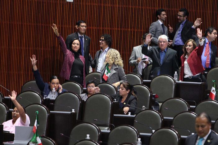 Diputados van por extraordinario para reducir IEPS y frenar liberación de gasolinas