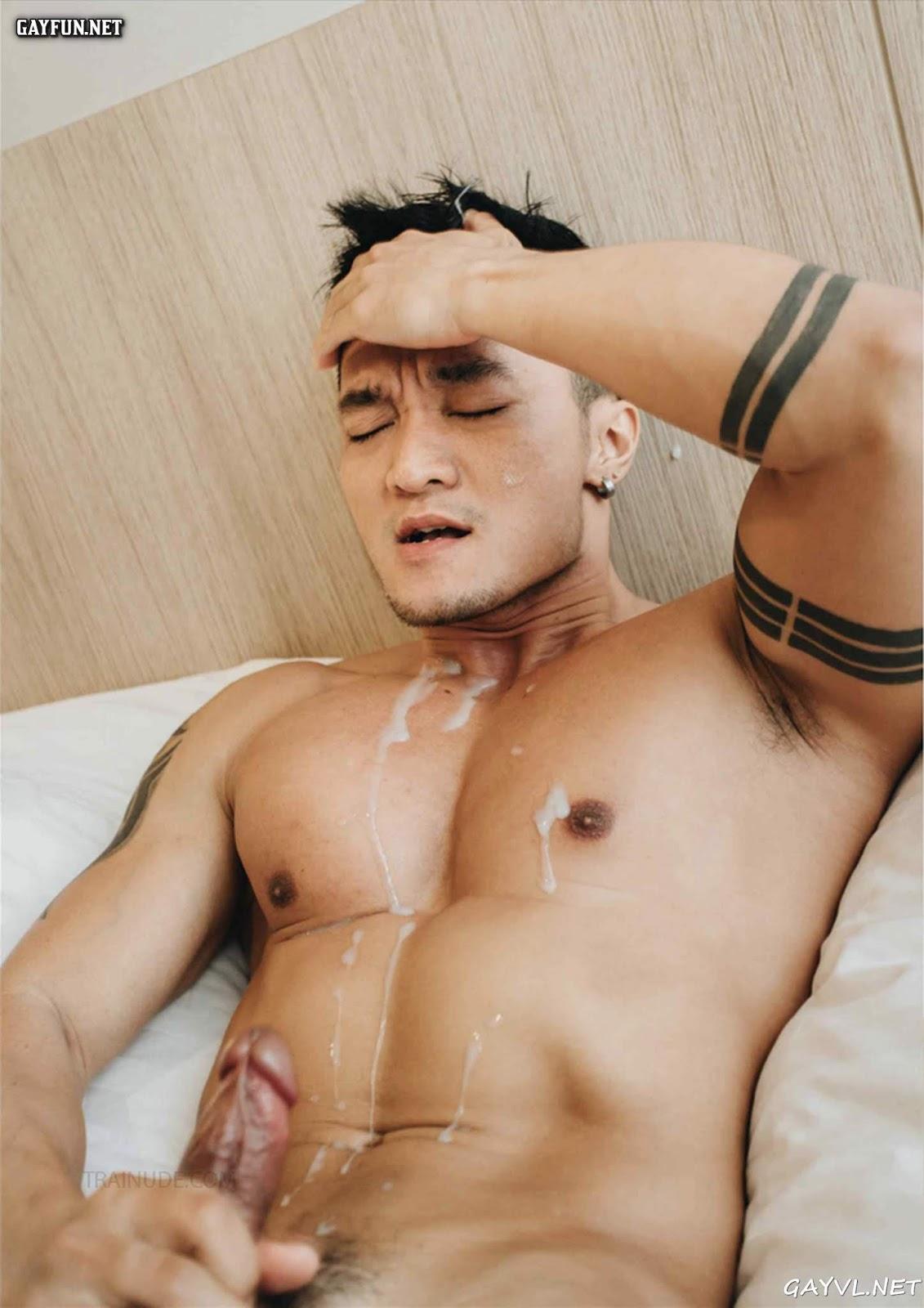 Ryan Phan Playing Dick!