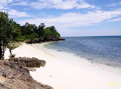 Pasir di tepi pantai