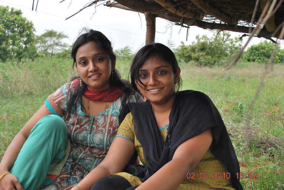 tamilnadu-village-girls-nude-images-lela-star-naked-titties