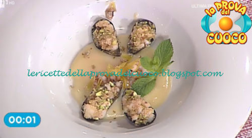Cozze gratinate al limone e pistacchio ricetta Giunta da Prova del Cuoco