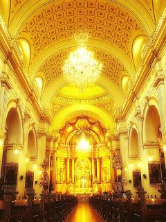 Nave Central da Iglesia de San Pedro, em Lima