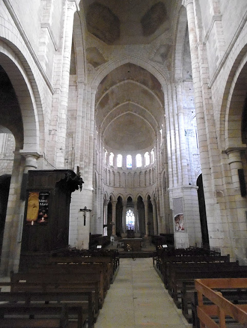 Crossing, priory church, La Charite sur Loire, Nievre, France. Photo by Loire Valley Time Travel.