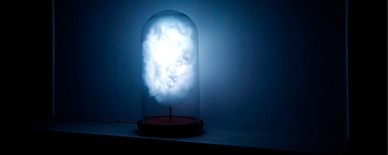 Una lámpara que reacciona a los tweets de Donald Trump
