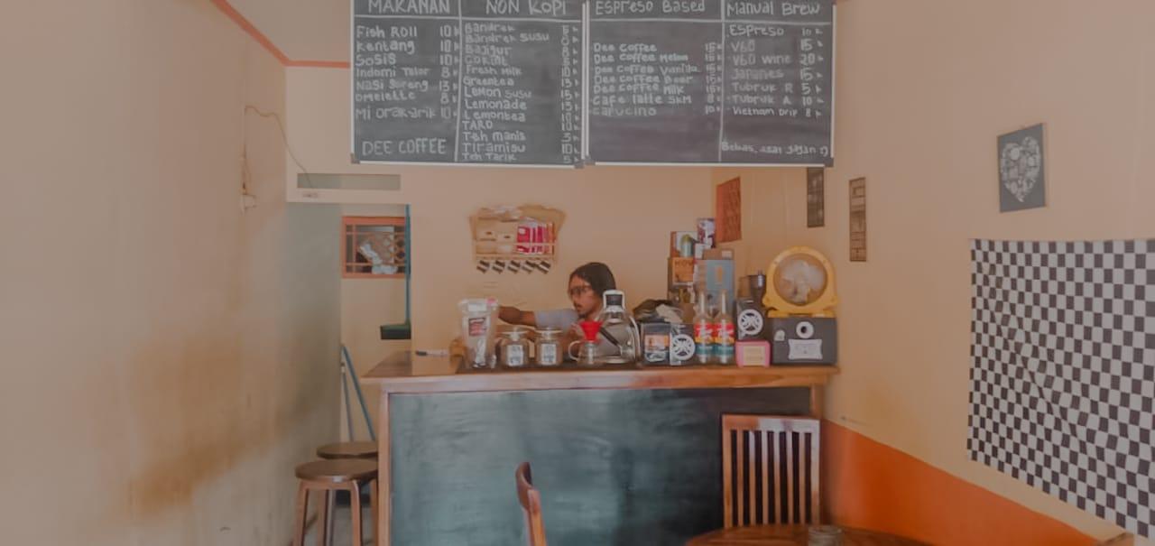 Kedai Kopi Di Cibaliung Dee Coffee