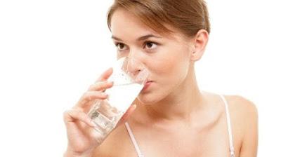 Manfaat Air Putih Bagi Kesehatan yang Kerap Disepelekan