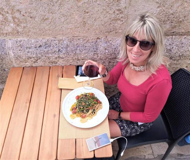 pasta con qualeddu al ristorante a' vinella