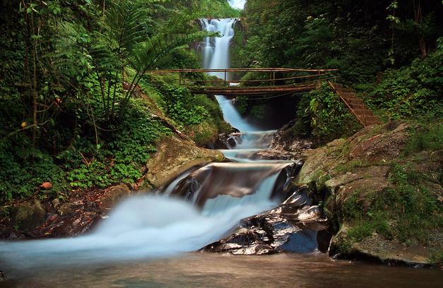Air Terjun Gitgit waterfall Bali