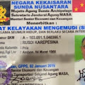 Heboh! Seorang Pengemudi Mobil Pakai SIM dari Kekaisaran Sunda Nusantara