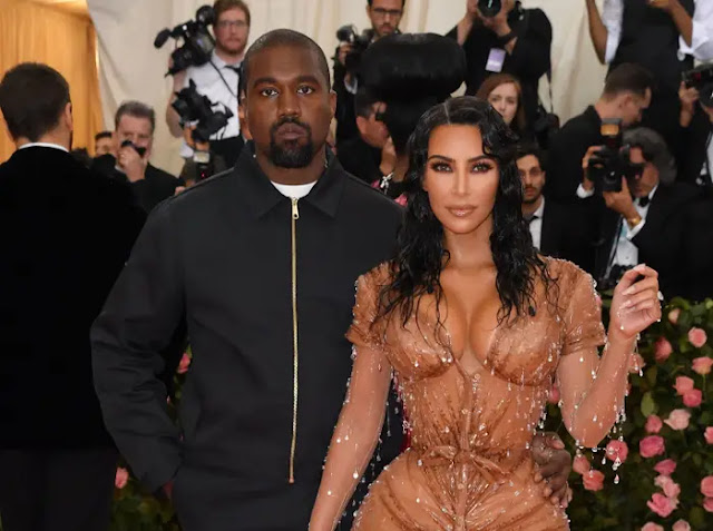 Kim Kardashian : Kanye West Has Banned TV and MakeUp in our Home