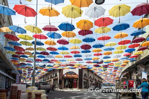 Tarsus Kemeralatı çarşısı, şemsiyeli sokak, Mersin