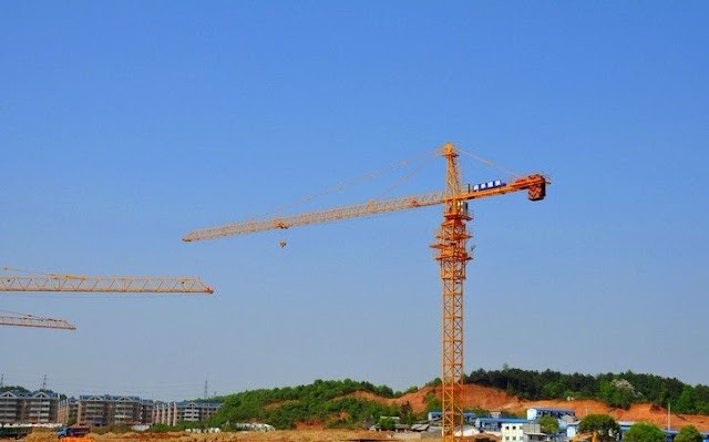 kegunaan static tower crane