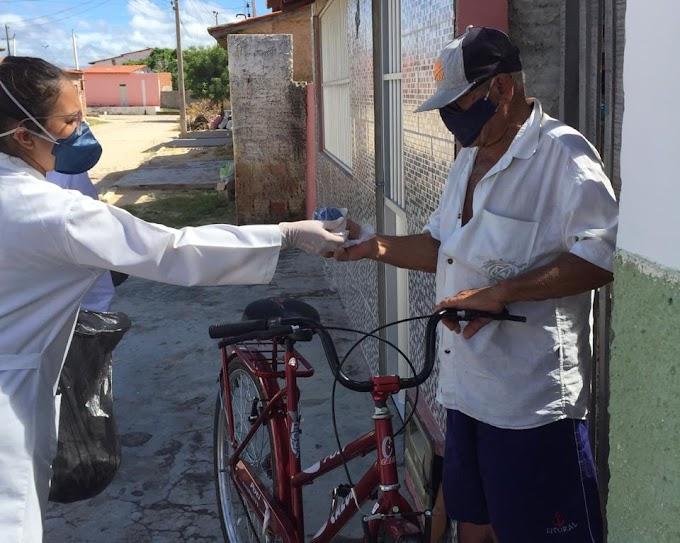 COVID-19: Secretaria de saúde continua distribuindo máscaras e orientando a população de Grossos