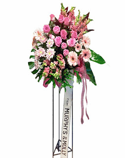 Karangan Bunga Standing Pegangsaan Dua